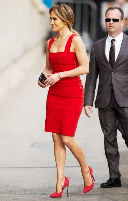 Дженифер лопес в красном платье и туфлях