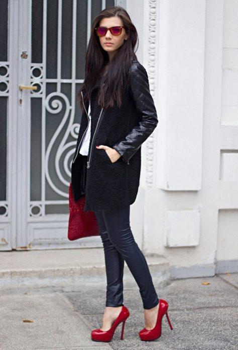 Кожаное пальто и брюки, красная сумка и туфли