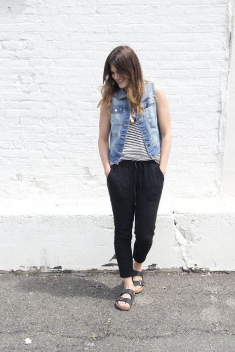 шаровары и джинсовая жилетка