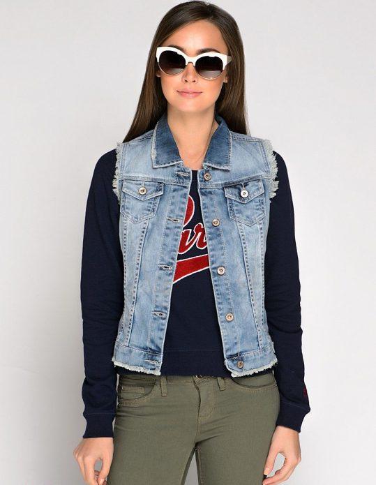 толстовка с надписью джинса
