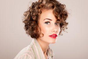 Стрижки на волнистые волосы