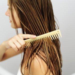 У волос появился здоровый блеск, и немного улучшилась структура