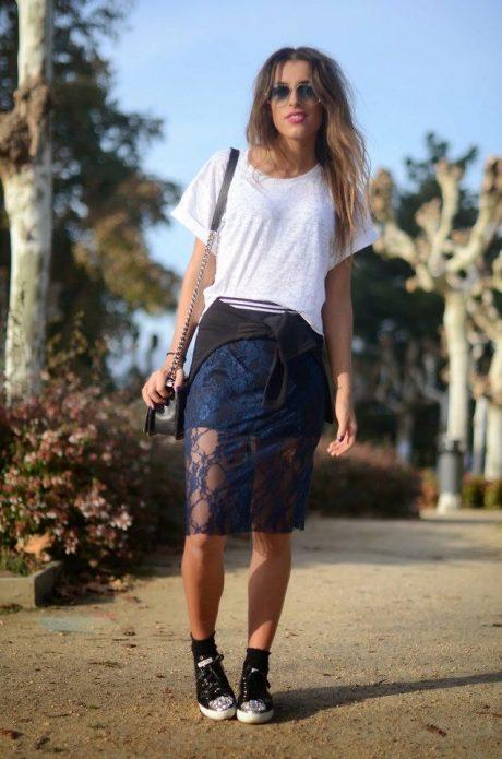 кружевная юбка и кеды