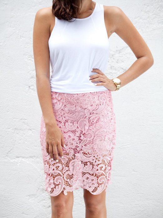 кружевная юбка розовая