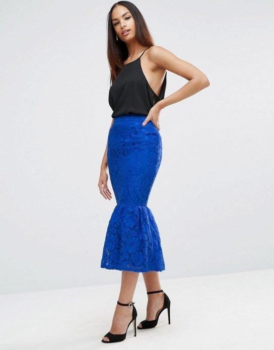 кружевная юбка синяя и черный топ