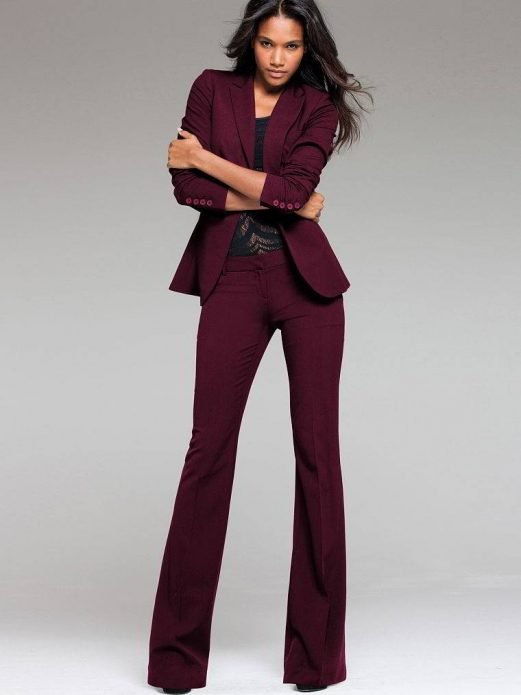 льняные брюки и приталенный пиджак