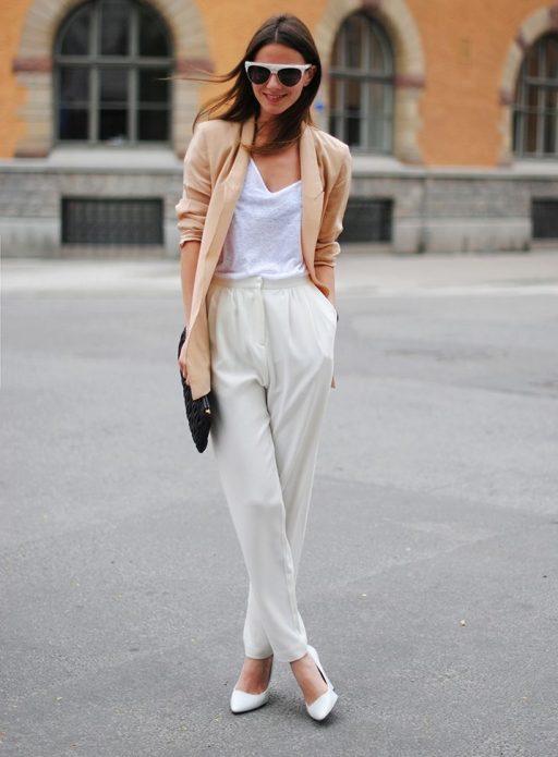 льняные брюки и легкий пиджак