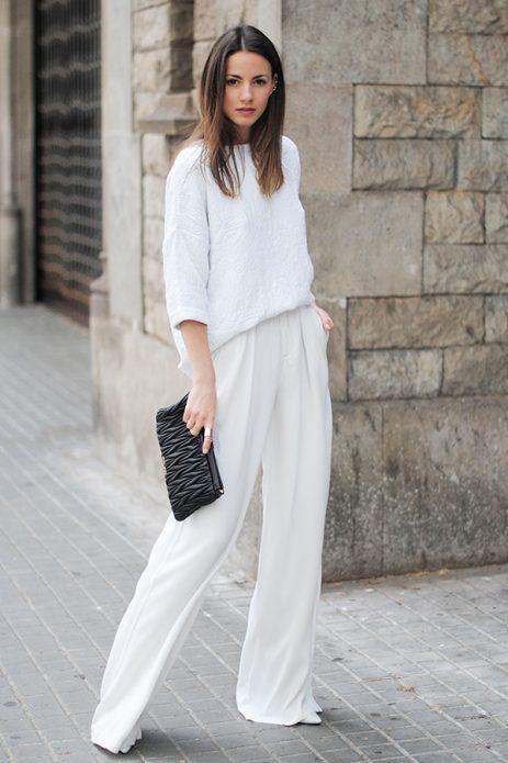 льняные брюки и короткая кофта