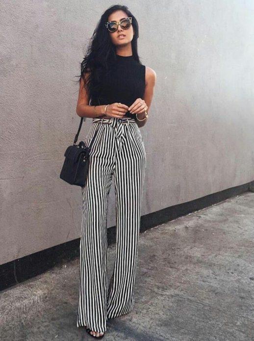 полосатые серые брюки