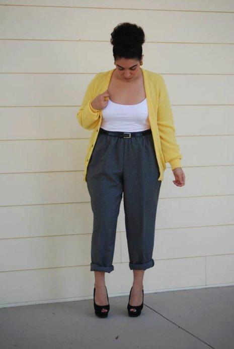 серые брюки на полных
