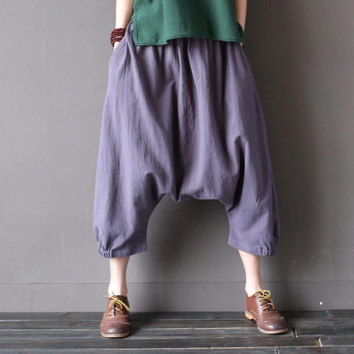 широкие синие брюки
