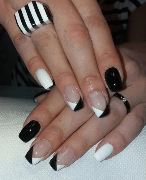 Черно-белый маникюр с прозрачной основой и френчем