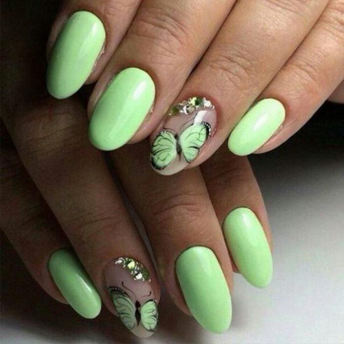 мятные ногти бабочка