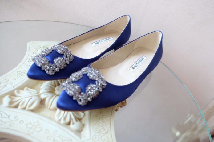 Синие лодочки от Manolo Blahnik
