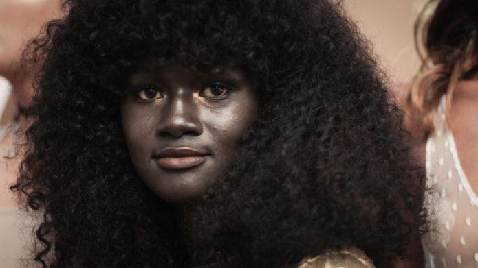 Худия Диоп — необычная девушка-модель