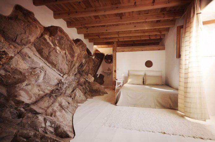 Интерьер каменного дома