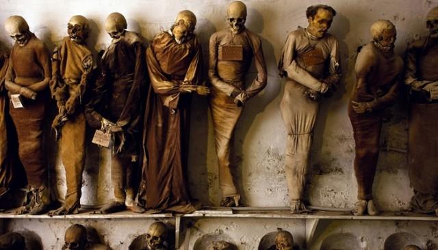 Один из самых необычных музеев мира — катакомбы капуцинов