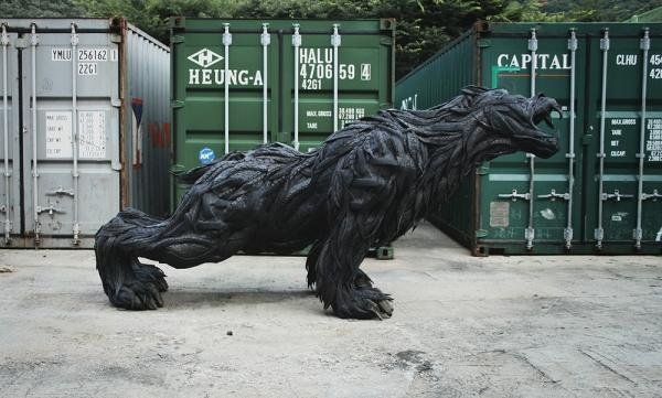 Скульптура из автошин