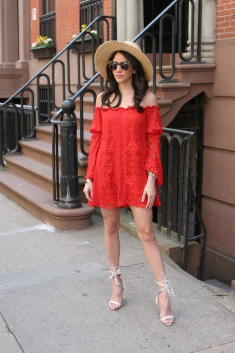 Платье бохо с соломенной шляпой