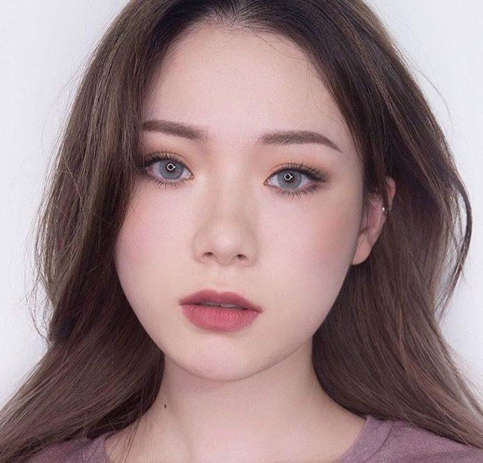 Корейский макияж с матовой помадой