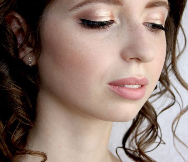 Особенности кожи в греческом макияже