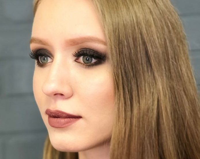 Греческий макияж для блондинки