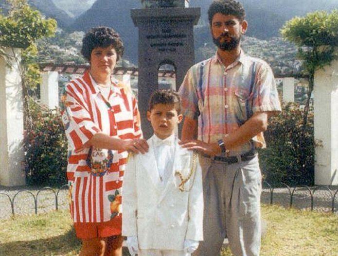 Роналду с родителями