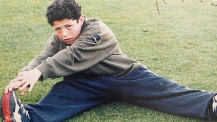 Роналуд на футбольном поле в детстве