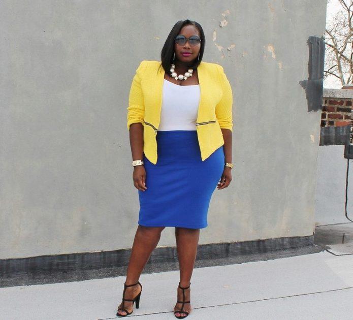 Синяя юбка-карандаш для полной женщины