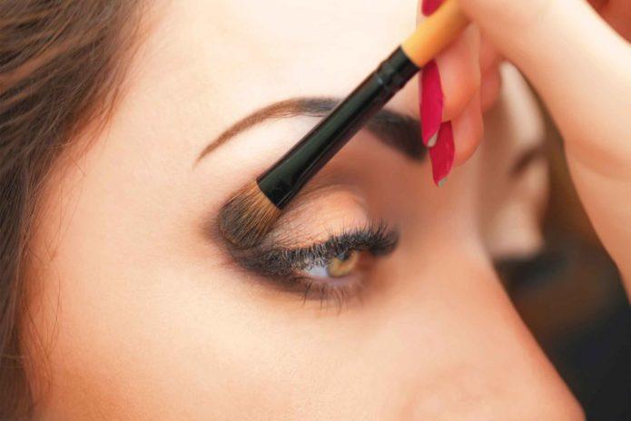Растушевка карандаша для глаз