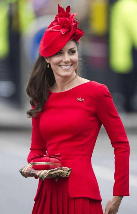 Красная шляпа Кейт