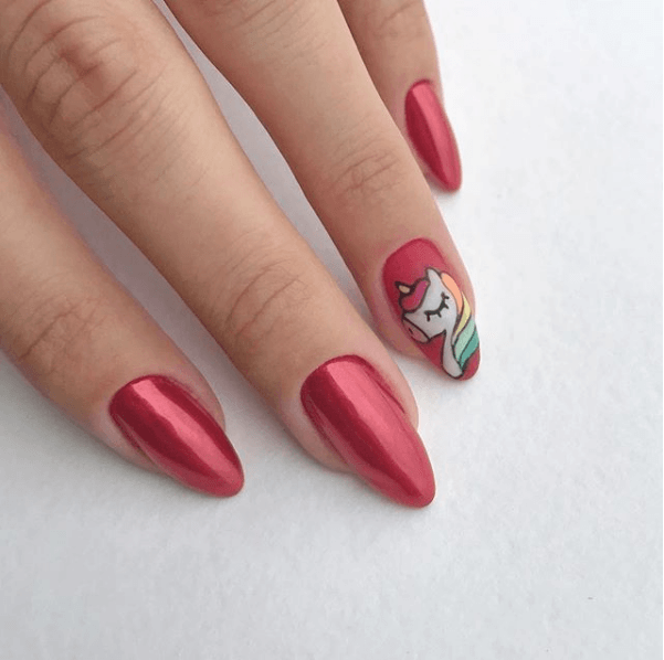 Красный маникюр со втиркой