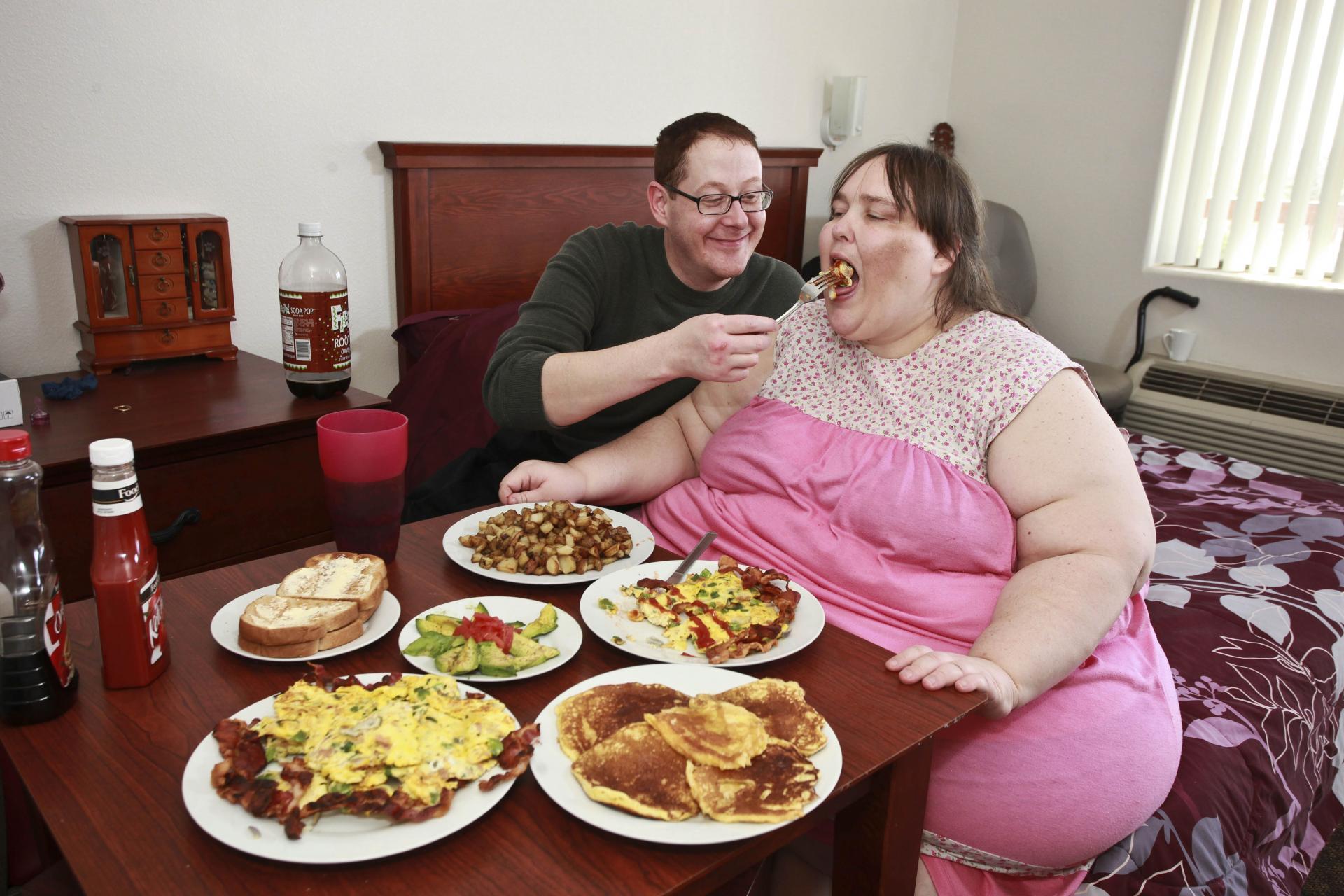 Секс с очень толстой молодой девушкой, Порно с молодыми толстушками 16 фотография