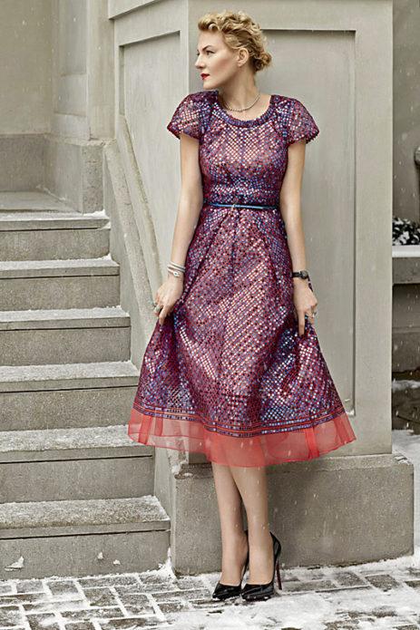 Рената Литвинова в блестящем платье