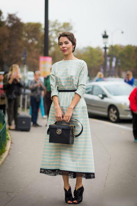 Ульяна Сергиенко в голубом платье