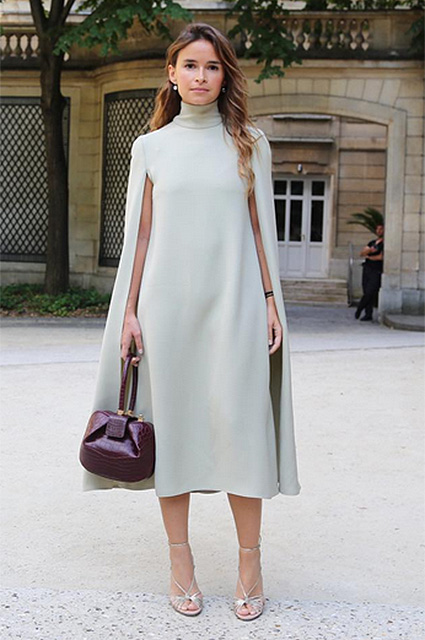 Мирослава Дума в белом платье