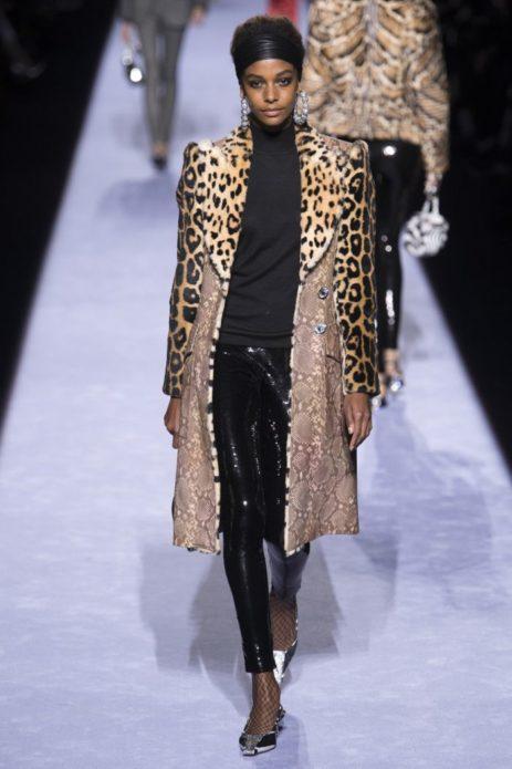 Леопардовая расцветка пальто