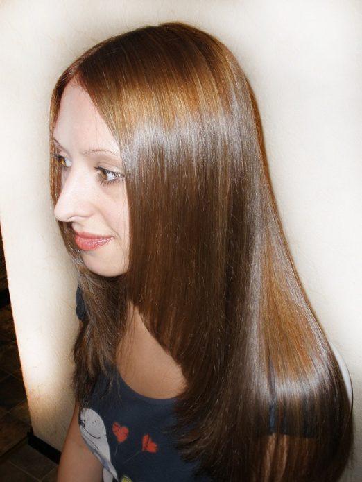 Волосы, окрашенные хной с чаем