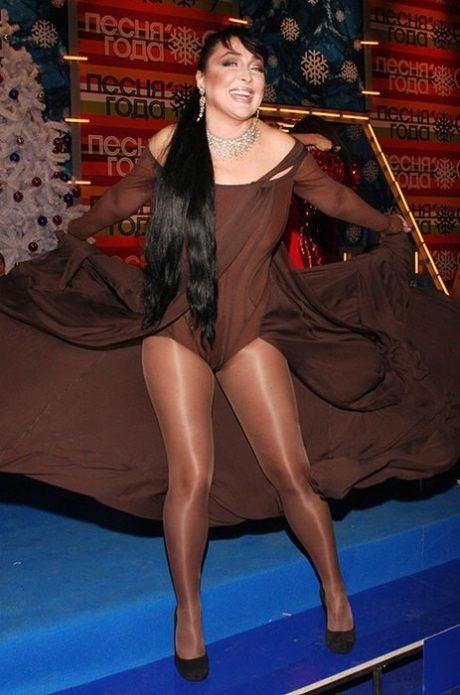 Лолита в коричневом платье
