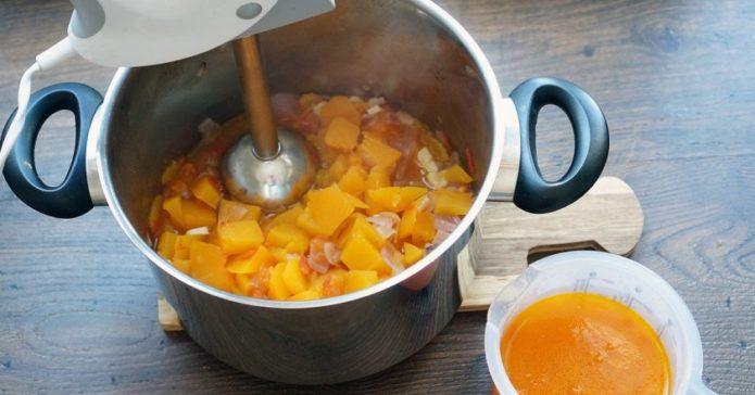 пюрирование тыквенного супа