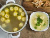 Куриный суп с клёцками — вкусный и питательный обед