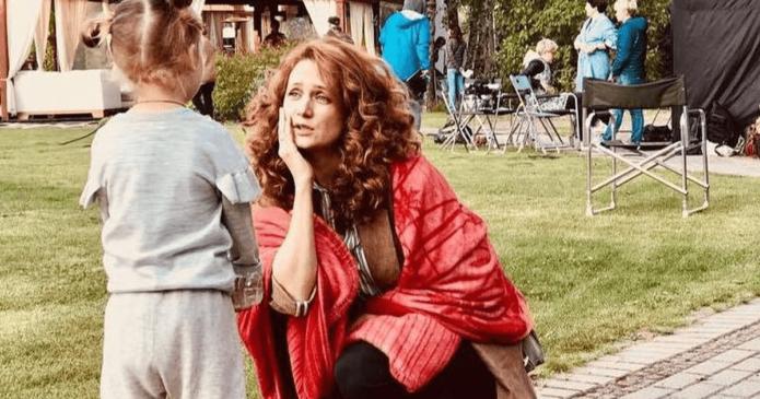 Виктория Исакова скрывает дочку