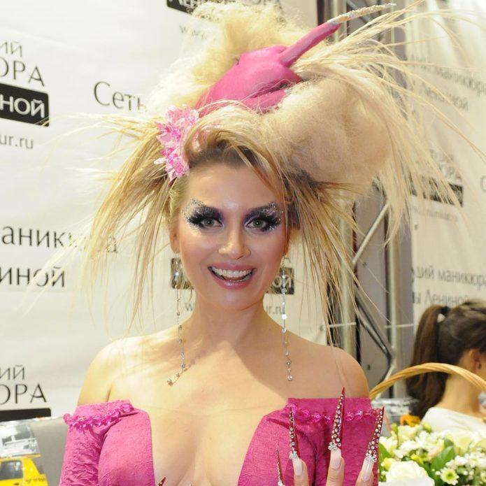 Прическа Лены Лениной