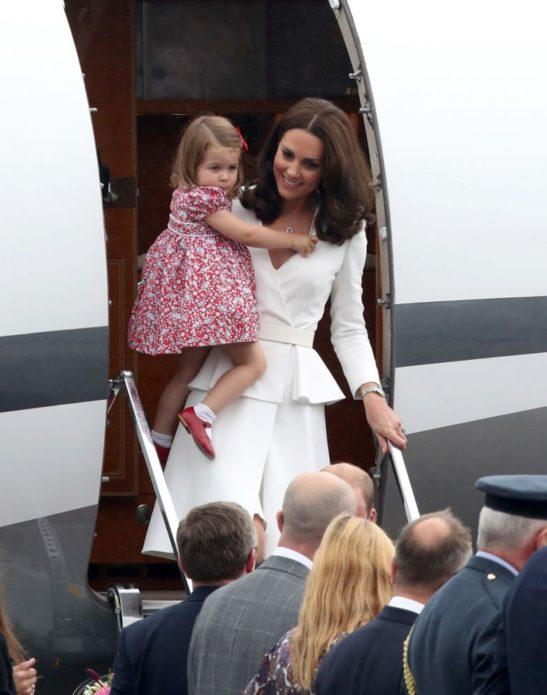 Кейт Миддлтон с дочкой