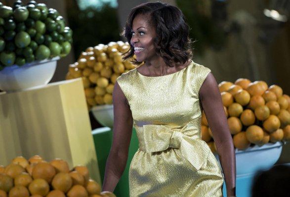 Мишель Обама в жёлтом