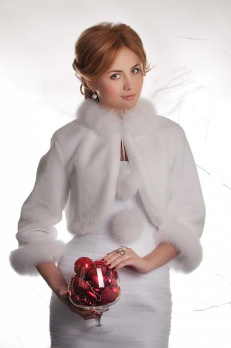 Нежная и элегантная свадебная шубка