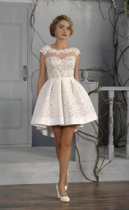 Кружевное платье — изящное и нарядное