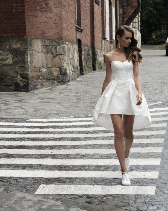 Удобное и модное платье в молодёжном стиле