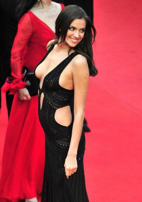 Ирина Шейк в платье с заниженной талией