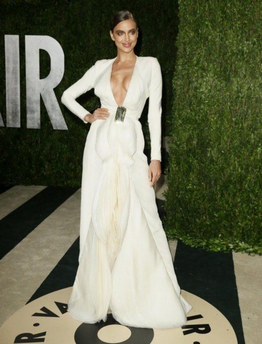 Ирина Шейк на Vanity Fair Oscars в 2014
